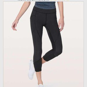 #A134 LULULEMON Pocket Leggings Capri 10